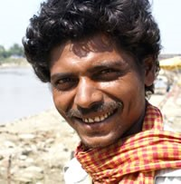 <span style='color:red;'>Unreached:&nbsp;&nbsp;</span>Darzi, Muslim of Pakistan&nbsp;&nbsp;(346,000)